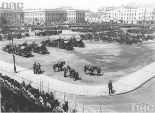 Parada wojskowa 3 maja 1931 z okazji rocznicy uchwalenia Konstytucji 3-go Maja.
