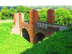 Most ufundowany przez marszałka.