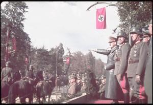 Aleje Ujazdowskie - parada 5 października 1939. Foto: archiwum LIFE