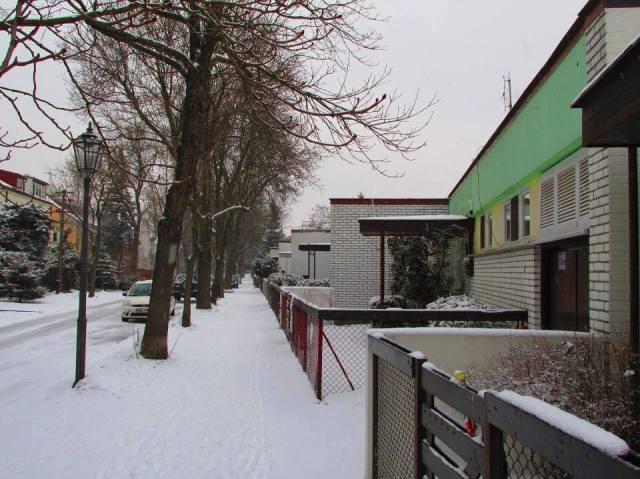Eksperymentalna kolonia atrialnych domów architektów w Warszawie - ulica Orężna.