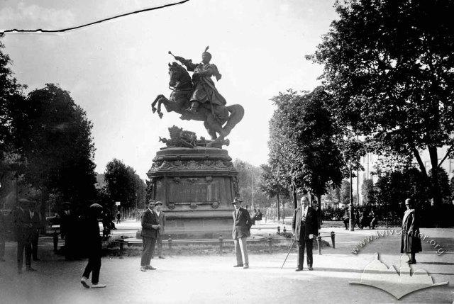 Pomnik króla Jana III Sobieskiego we Lwowie.