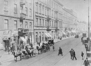 Ulica_Nalewki_od_strony_placu_Muranowskiego
