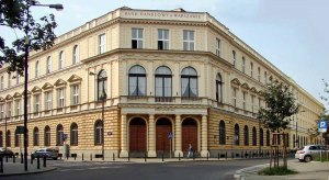 Historyczna siedziba Banku Handlowego przy ul. Traugutta. Foto: Szczebrzeszyński