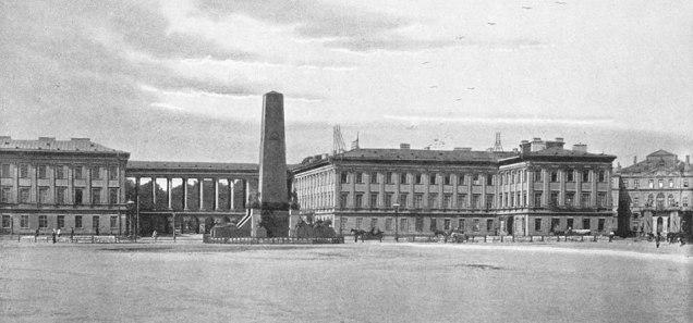 Idżkowski był autorem projektu przebudowy Pałacu Saskiego.