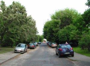 Ulica Klarysewska - nic nie wskazuje na to, że miała być ważną arterią...