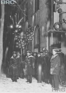 Wejście do Adrii - Sylwester 1931. Foto: NAC