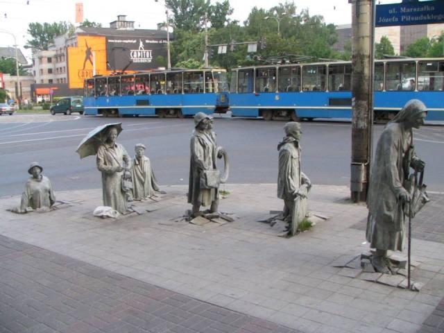 Pomnik Anonimowego Przechodnia we Wrocławiu.