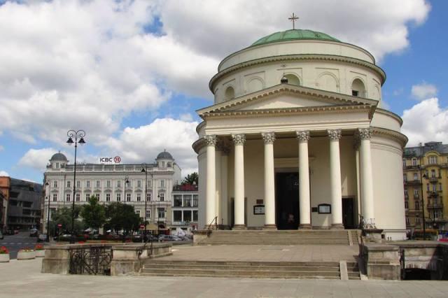 Kościół pod wezwaniem Świętego Aleksandra.