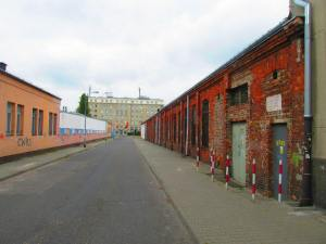 Dawne magazyny wojskowe przy ulicy Borowskiego 2