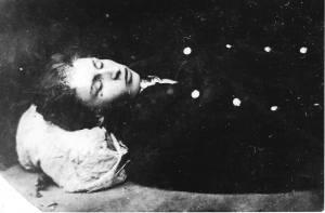 Zdjęcie Michała Landego zrobione po zgonie w Szpitalu Świętego Rocha.