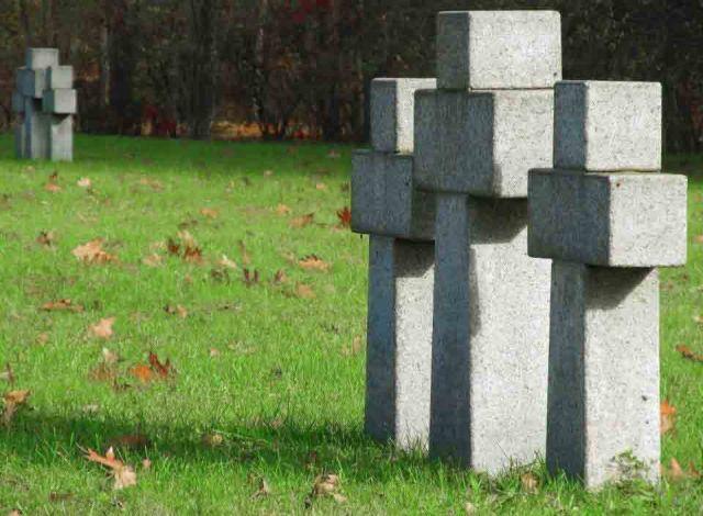 Kwatera żołnierzy niemieckich na Cmentarzu Północnym .