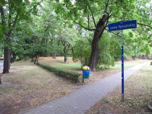 Park imienia Janiny Porazińskiej.