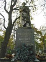 Pomnik Jana Królikowskiego dłuta Bolesława Syrewicza, ustawiony na grobie aktora na Starych Powązkach (1)