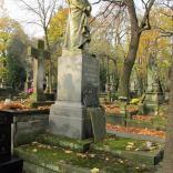 Pomnik Jana Królikowskiego dłuta Bolesława Syrewicza, ustawiony na grobie aktora na Starych Powązkach (3)