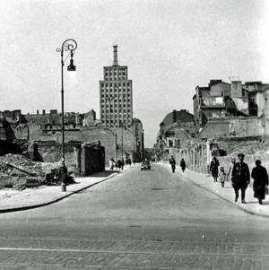 Prudential w roku 1940. Zdjęcie wykonane przez niemieckiego żołnierza.