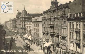 """Od prawej. kamienica nr 116 (róg Złotej), nr 118, nr 120, nr 122 (róg Sienkiewicza), 124/128 - Towarzystwo Ubezpieczeń """"Rosja"""". Opis ze strony www.Warszawa1939"""