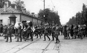 Pałacyk w maju 1935 roku podczas pogrzebu Marszałka Piłsudskiego Źródło:NAC