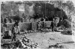Wylot Grzybowskiej na Graniczną. Widoczne ruiny budynku Graniczna nr 2. Foto: Archiwum Główne Akt Dawnych.
