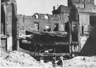 10-minut-po-wojnie-warszawa-1945-10