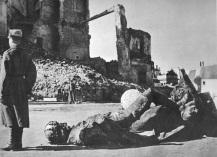 10-minut-po-wojnie-warszawa-1945-15