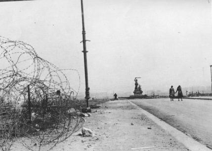 10-minut-po-wojnie-warszawa-1945-18