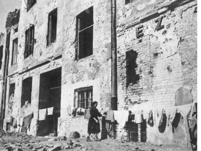 10-minut-po-wojnie-warszawa-1945-19