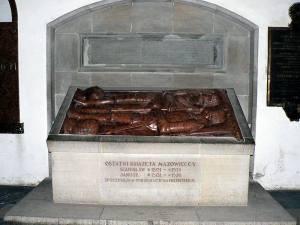 Nagrobek ostatnich książąt mazowieckich w Archikatedrze Świętego Jana.
