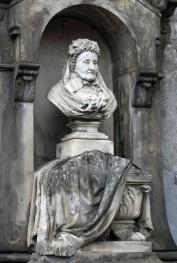 Popiersie Joanny Neybaur dłuta Bolesława Syrewicza.