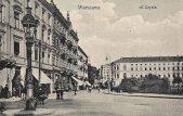 Ulica Czysta czyli obecna Ossolińskich. Na miejscu kamienic po lewej stronie stoi dzisiaj biurowiec Metropolitan. W głębi zdjęcia widoczny hotel Europejski.