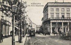 Trudno na tej pocztówce rozpoznać dzisiejszą ulice Moliera.