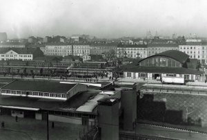 Dworzec Główny w Warszawie. Listopad 1929